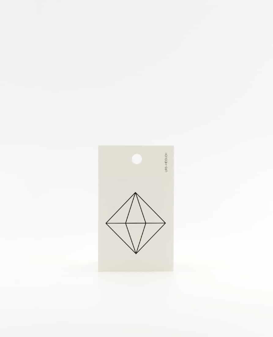 Anhänger für Geschenke, Illustration Kristall in schwarz
