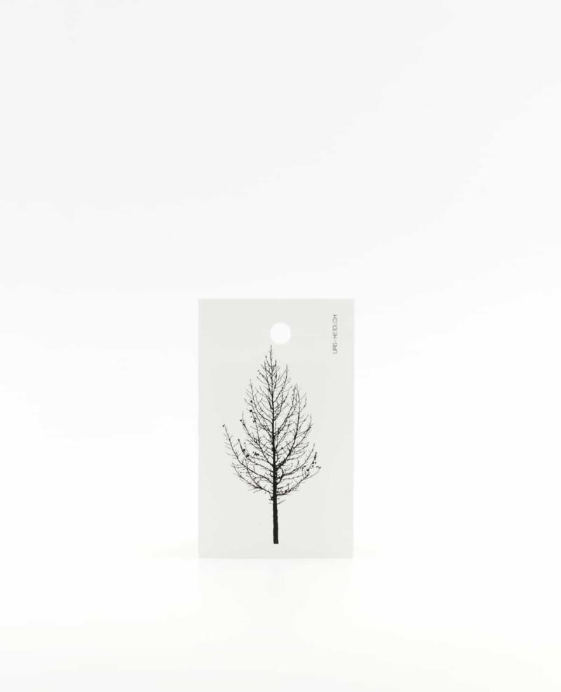 Anhänger für Geschenke, Illustration Silhouette Lärche in schwarz