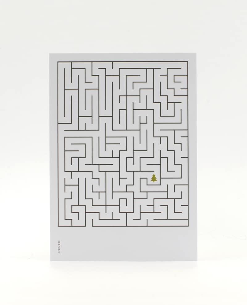 Weihnachtskarte mit Labyrinth und Weihnachtsbaum